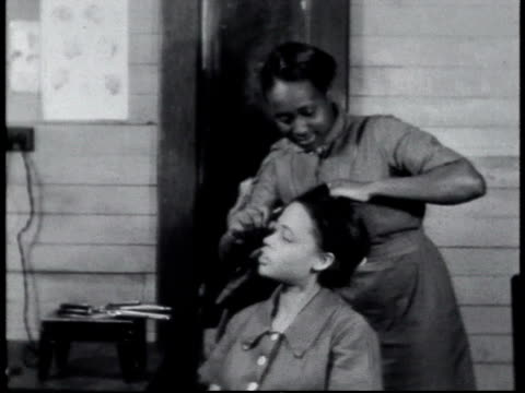1940 ms schoolgirl styling friend's hair / alabama, united states - hair stock videos & royalty-free footage