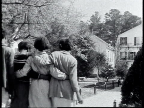 1940 WS schoolgirls walking together / Alabama, United States