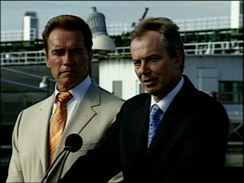 Schwarzenegger and Blair unite on global warming Press conference Cutaways of press conference