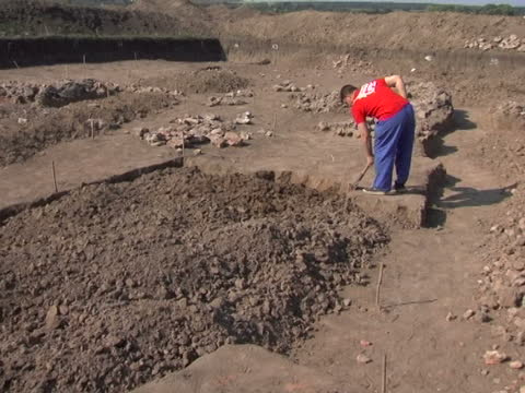 scientific excavations of cucuteni-trypillian culture at maidanetske - explorer stock videos & royalty-free footage