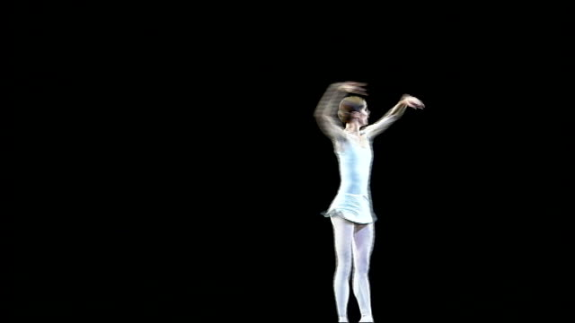 vídeos de stock, filmes e b-roll de scientists examine ballet dancer pirouettes in search for dizziness cure 562007 / t05060754 london covent garden royal opera house int darcey bussell... - pirouette