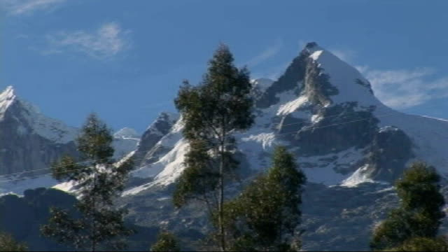 scientists warn andes glaciers may disappear within two decades; peru: andes: ext * * music overlaid on the following shots sot * * picturesque... - mountain range stock videos & royalty-free footage