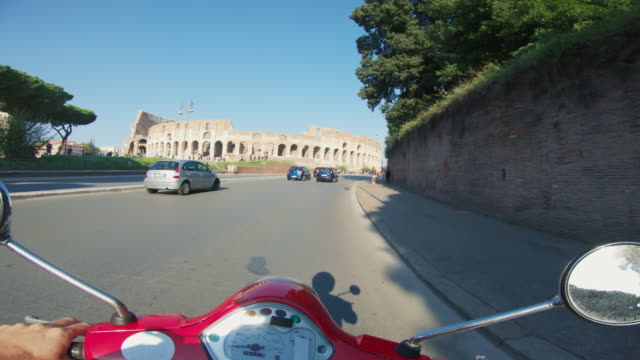 pov scooter riding: on the motorbike in the center of rome - motor scooter stock videos & royalty-free footage