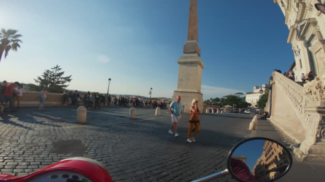 pov scooter riding: on the motorbike in the center of rome - wearable camera stock videos & royalty-free footage