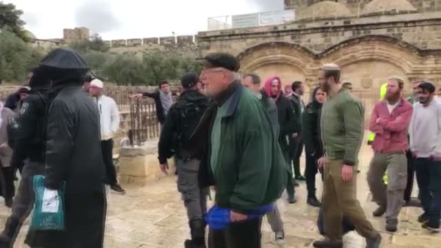 scores of jewish settlers forced their way into israelioccupied east jerusalem's flashpoint alaqsa mosque complex on thursday according to a... - east jerusalem stock videos & royalty-free footage