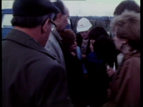scotish coal mine closure; scotland: glasgow: cardowan colliery: mick mcgahey, union leader, talking with miners outside meeting lms miners outside... - coal mine stock videos & royalty-free footage