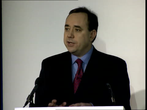 edinburgh university of edinburgh i/c alex salmond speaking in debate sot snp will set out constructive programme for adminstering the scottish... - andrew neil stock videos & royalty-free footage