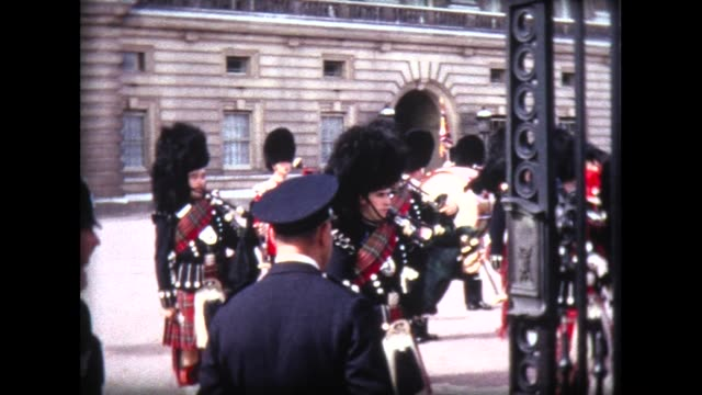 1966 Scots Guards Pipes and Drums