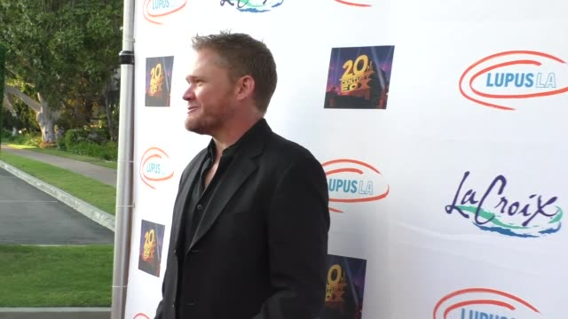 scott campbell at the lupus la orange ball a night of superheroes at fox studios in los angeles at celebrity sightings in los angeles on may 07 2016... - lupus la orange ball video stock e b–roll