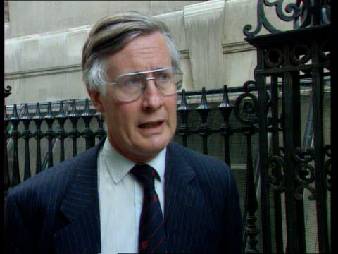 paul henderson evidence; lms pressmen outside inquiry cms michael meacher mp interview sot -henderson had to come here to rescue his reputation but... - paul henderson stock videos & royalty-free footage