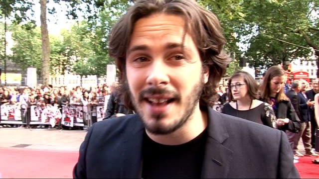 'scott pilgrim vs the world' premiere edgar wright interview sot won't say what the most romantic thing he's done for a girl / wouldn't get in... - brandon routh bildbanksvideor och videomaterial från bakom kulisserna