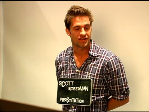 stockvideo's en b-roll-footage met scott speedman publicist approval required at the 2007 sundance film festival jane house sundance event at jane house in park city utah on january 20... - publiciteitsmedewerker
