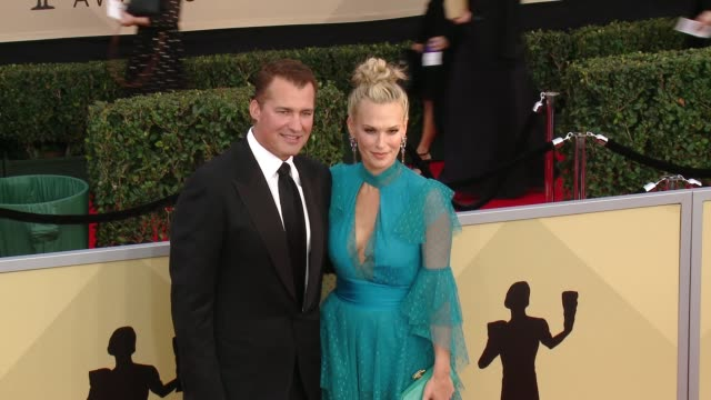 Scott Stuber and Molly Sims at the 24th Annual Screen Actors Guild Awards at The Shrine Auditorium on January 21 2018 in Los Angeles California