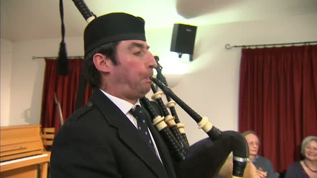 scottish first minister alex salmond will this wqeek claim england will be better off alon arguing that an independent scotland would see a surly... - bagpipes stock videos & royalty-free footage