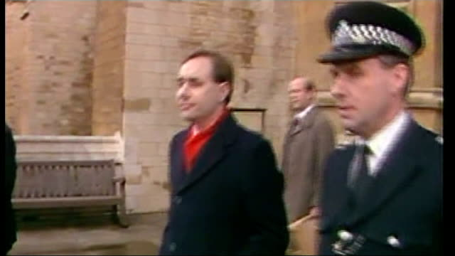 no campaign wins / alex salmond resigns as150388017 england london westminster ext younger alex salmond along outside the houses of parliament after... - alex salmond stock videos & royalty-free footage