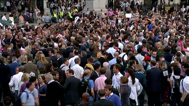 scottish independence referendum: rally in trafalgar square; **music heard in background sot** general views of crowd of people attending rally, some... - al murray stock videos & royalty-free footage