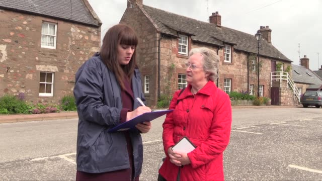 a scottish local newspaper the dundee courier is doing 'referendum roadshows' in various towns and villages seeking public opinion before the... - referendum stock videos and b-roll footage