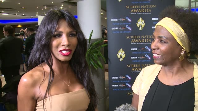 screen nation awards 2016 sinitta and mother interview sot black talent in the uk / excited about meeting wesley snipes on who she will be catching... - liam payne stock videos and b-roll footage