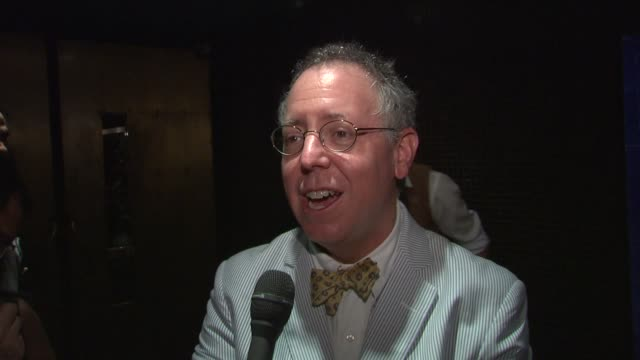 screenwriter/producer james schamus on what he learned from doing an extensive amount of research on the era, on his favorite scene in the film. at... - 脚本家点の映像素材/bロール
