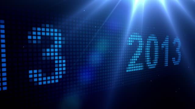 vídeos de stock, filmes e b-roll de led rolagem de 2013-azul, em preto (full hd - full hd format