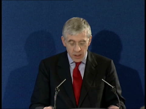 Scud missile shipment intercepted ENGLAND London INT Jack Straw MP speech SOT Right to put pressure on North Korea to stop the spread of ballistic...