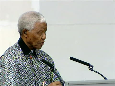 Nelson Mandela statue unveiled in Parliament Square speeches Audience applauding / Nelson Mandela speech SOT It remains for me to acknowledge to all...