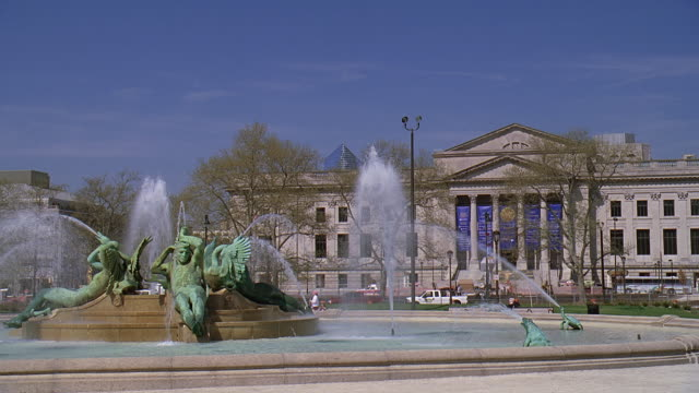 ms sculptures in fountain spraying in front of philadelphia museum of art / philadelphia, pennsylvania, united states - logan circle stock videos and b-roll footage
