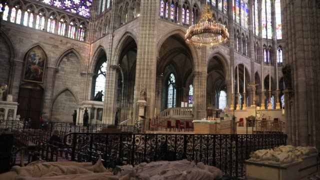 sculptures representing french sovereign praying at the basilica of saint-denis in the outskirts of paris on july 5, 2020 in saint denis, france. the... - cathedral stock videos & royalty-free footage