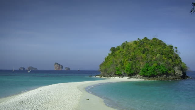 ws sea and tropical island, krabi, thailand - krabi province stock videos & royalty-free footage