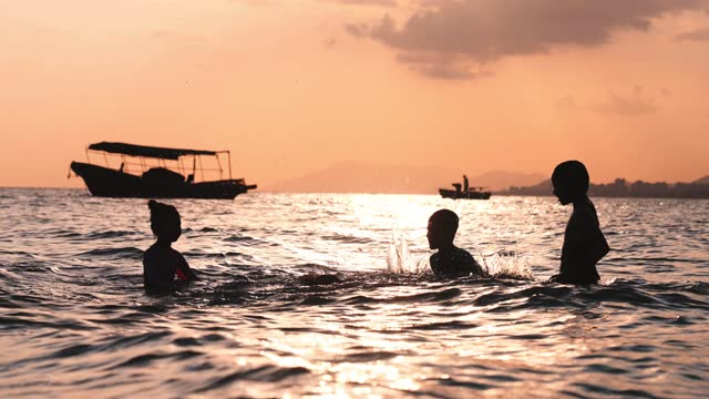 sea at sunset - bay of water stock videos & royalty-free footage