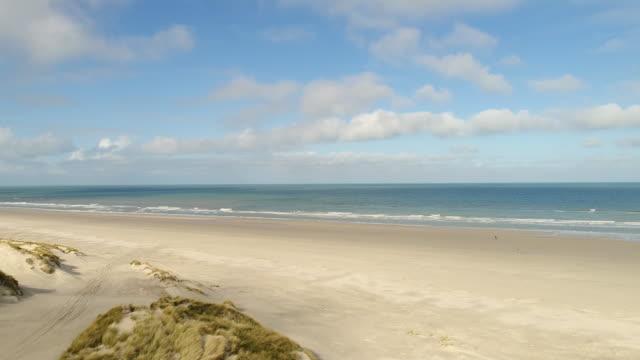 vídeos de stock, filmes e b-roll de sea coast - mar do norte