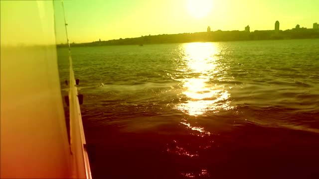 La mer en soirée