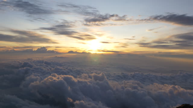 sea of cloud and sunrise from top of mt'Fuji