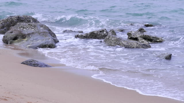 sea wave antalya