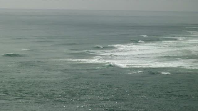 ls ws zo ha sea waves / omapere, new zealand - new zealand stock-videos und b-roll-filmmaterial