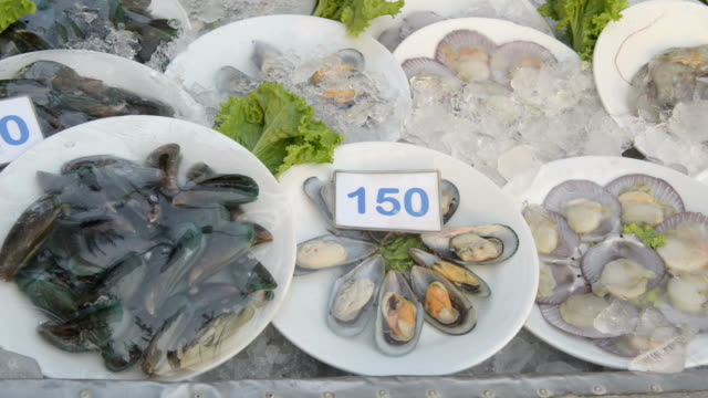 Seafood on ice for barbecue