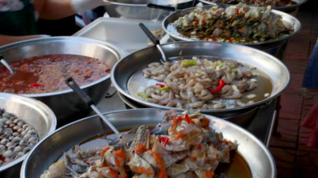 Seafood Streetfood stall in Bangkoks chinatown district.