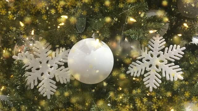 vidéos et rushes de décoration d'arbre de noël et d'ornement sans couture, animation vidéo 4k. - carte de noël