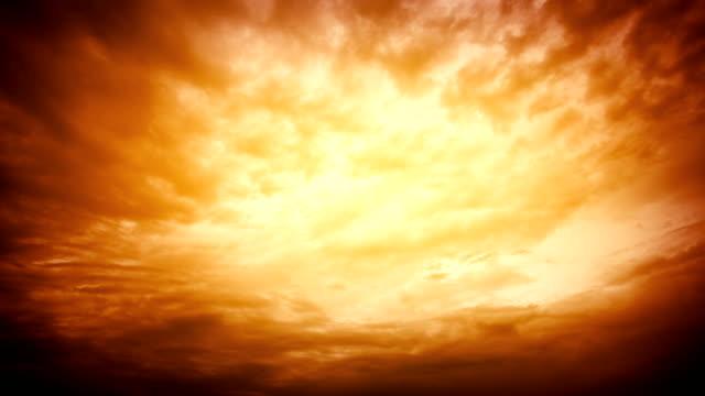 Nahtlose Zeitraffer.  Dramatischer Himmel