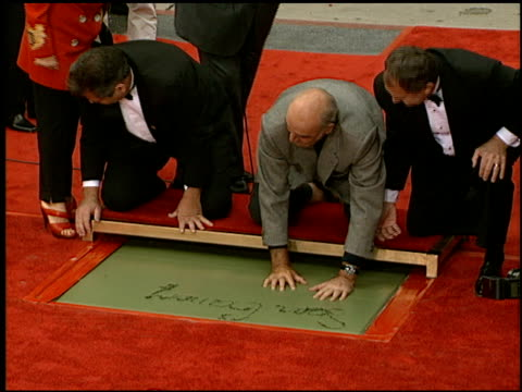 Sean Connery at the Dedication of Sean Connery's Footprints at Grauman's Chinese Theatre in Hollywood California on April 13 1999