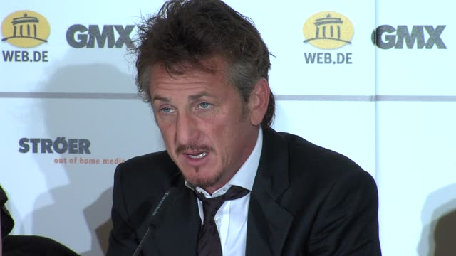 sean penn on how he became involved and his experiences in haiti at the cinema for peace press conference: 61st berlin international film festival at... - ショーン・ペン点の映像素材/bロール