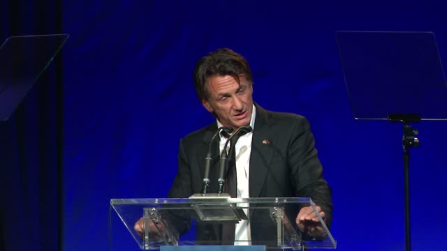 "sean penn thanks attendees for their help and support, and thanks the haiti troupes at 3rd annual sean penn & friends ""help haiti home"" gala... - montage beverly hills stock videos & royalty-free footage"