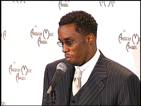 Sean Puff Daddy P Diddy Combs at the 1998 American Music Awards at the Shrine Auditorium in Los Angeles California on January 26 1998
