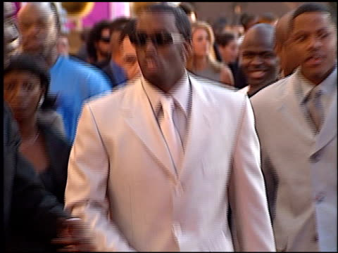 sean puff daddy p diddy combs at the 1999 grammy awards at the shrine auditorium in los angeles california on february 24 1999 - grammy awards stock videos & royalty-free footage