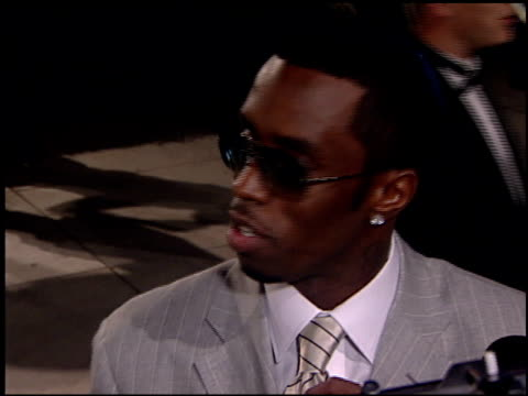 Sean Puff Daddy P Diddy Combs at the 2001 Academy Awards Vanity Fair Party at the Shrine Auditorium in Los Angeles California on March 25 2001