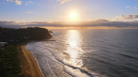 seascape and village around avoca beach in central coast at sunrise / new south wales, australia - vid bildbanksvideor och videomaterial från bakom kulisserna