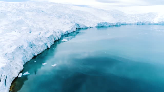 seascape / antarctica - tracking shot stock videos & royalty-free footage