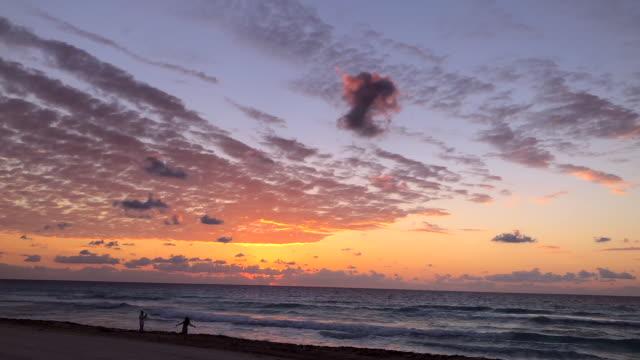 Seascape time lapse Sunrise of the Ocean