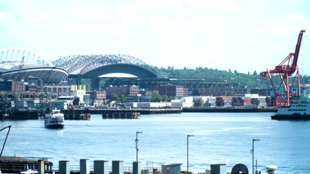stockvideo's en b-roll-footage met seattle ferry and stadiums - noordelijke grote oceaan