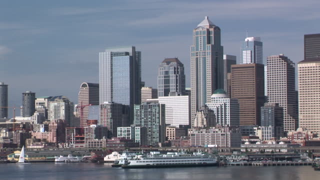 ws, pan, seattle skyline with puget sound in foreground, seattle, washington, usa - puget sound stock videos & royalty-free footage